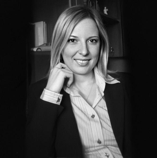 Avv. Angela Congi